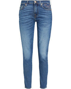 Long Sleeved Crew Neck Sweatshirt with Embroidery