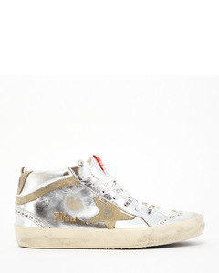 PEARL POINTED FLAT black