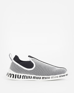 WOMEN'S BLACK AND WHITE MESH SNEAKERS